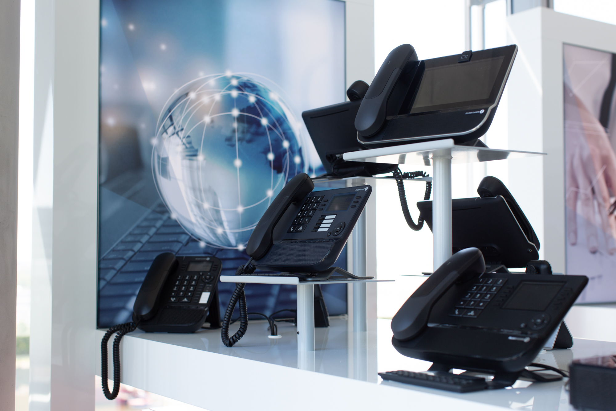 BREKOM Showroom Telefone
